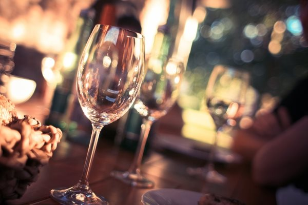 free-image-glass-for-wine-picjumbo