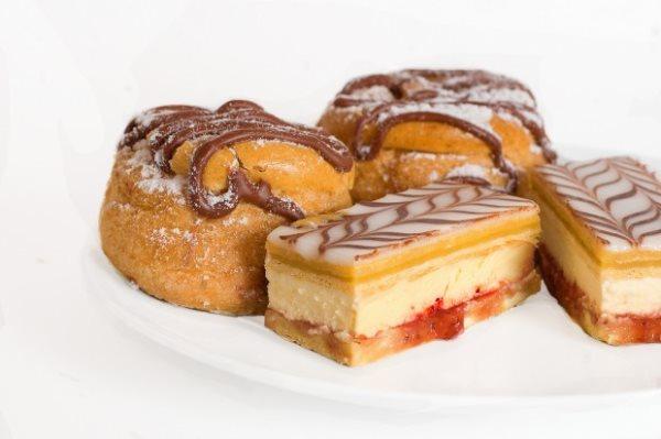 image-cream-cakes-imcreator