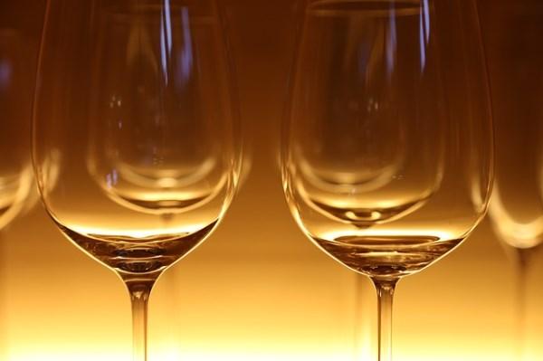 image-of-wine-glasses-pixabay