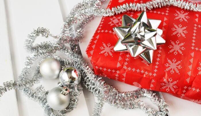 christmas-gift-present-pexels-mini