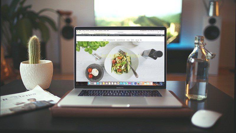 Food Online Display on Laptop
