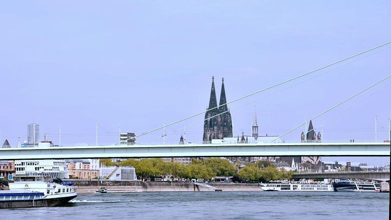 Video Time Lapse Cologne Dom Rhine River