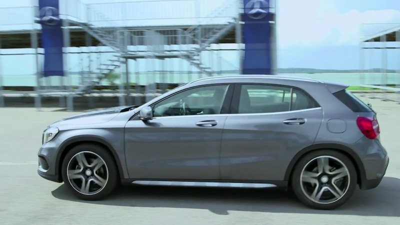 Mercedes GLK Car Test Offroad Video Footage