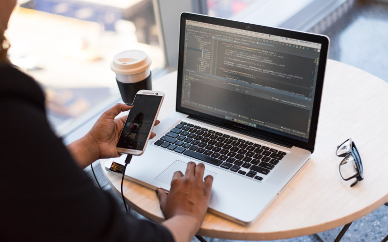 5 Types of APIs You Need for Mobile App Development